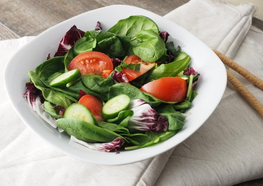 Овощной салат или соленья